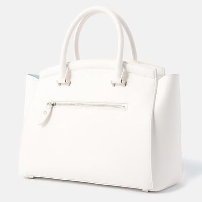 白いトートバッグ