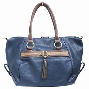 ブルーのハンドバッグ
