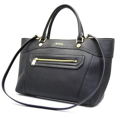 BONIA 黒のバッグ