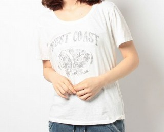 【ファッションまとめ】藤原さくらのTシャツやトップス、バッグのブランド | 月9ドラマ『ラヴソング/ラブソング』